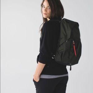 Lululemon backpack in gator 🐊 green